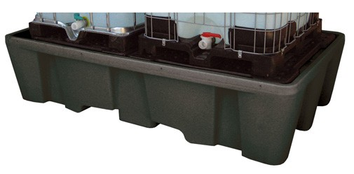Beispiel IBC-Auffangwanne 1100/2-PE mit PE-Lochplatten für zwei Container