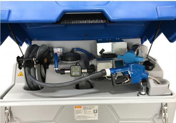 Beispiel: Outoor Premium AdBlue®-CUBE-Tank 1500 Liter – Pumpe und Zähler FMT 3 zum Anschluss an Tankautomat